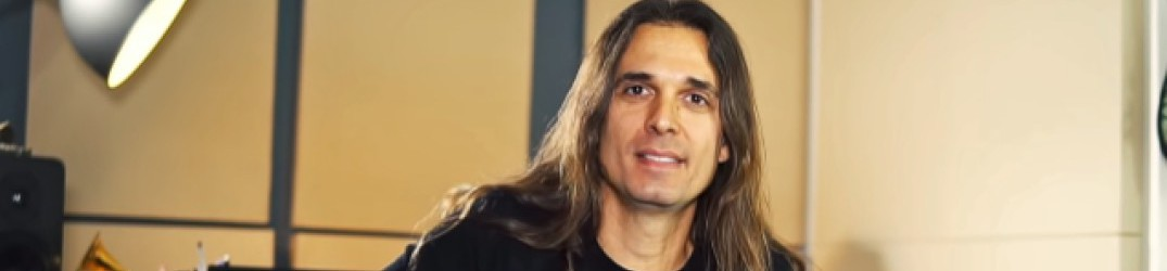 Megadeth: Kiko Louriero, ecco come si fa il guitar-solo di 'Bullet to the Brain'