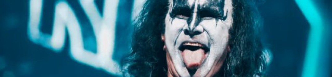 Kiss: Gene Simmons, 70 anni e non sentirli, video